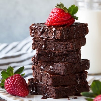 Chocolate Brownies with Strawberries on Top